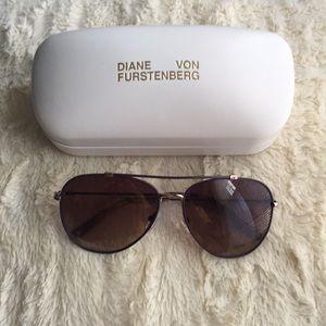 Diane Von Furstenberg Aviator Sunglasses